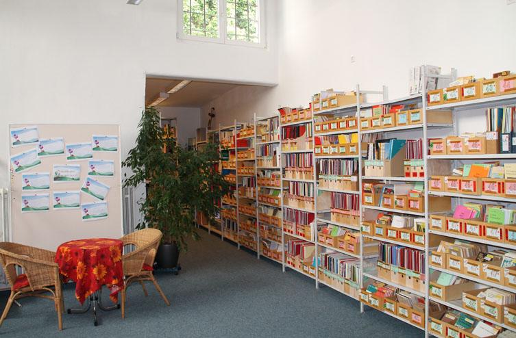 Bibliothek Theater- und Beratungsstelle